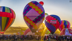 Mass Ascension at Sunrise (lycheng99) Tags: massascension greatrenoballoonrace balloon hotairballoon reno 2016reno sunrise morning people crowd watch rise ascend nevada