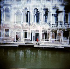Venice (Etienne Despois) Tags: holga xpro doubleexposure doubleexpo venice italy travel travelplanet