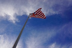 Grand Union Flag ((Jessica)) Tags: boston massachusetts newengland prospecthillmonument prospecthillpark pw somerville prospecthill flag grandunionflag