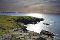 West Sutherland Coast. (Gordie Broon.) Tags: ocean light sea seascape nature water landscape geotagged photography scotland scenery rocks cattle scenic escocia coastline schottland ecosse lochinver stoer assynt culkein scottishhighlands sutherlandshire explorefrontpage northwestscotland distanthills theminch raffin canoneos7d bestcapturesaoi gordiebroon balchladich elitegalleryaoi