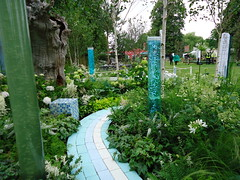 RHS Hampton Court - Pastel Path (apollocreative) Tags: garden sensory bubbletubes