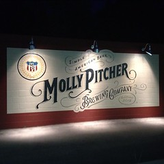 Molly Pitcher night (LUCKY B DESIGN) Tags: b beer bar brewing design molly lucky pitcher