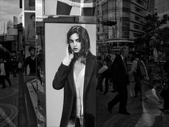 Out on the streets (Peter Bellars) Tags: street tokyo shinjuku ricoh uniqlo grd blackwhitephotos grd3 grdiii