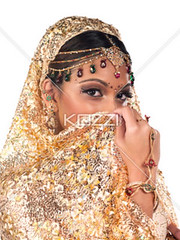 indian woman with golden sari (people12flick) Tags: wedding red portrait people woman india white black sexy girl beautiful beauty smile face fashion lady female vintage happy gold bride golden costume clothing model glamour eyes pretty dress adult princess head gorgeous indian muslim trad