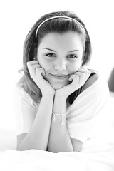 Homeshooting Valeria (Paola Jegher) Tags: girls light portrait people bw woman brown white black blanco girl monochrome beautiful beauty canon person eos schweiz switzerland donna mujer women pretty noir chica suisse suiza natural d retrato swiss femme negro porträt bonita shooting bern valeria monochrom frau svizzera schwarzweiss weiss berne paola blanc ritratto portree schwarz canton personen berna mensch fotoshooting photoshooting kanton brünett hübsche braune bürki erretratua retratto homeshooting jegher momentcatcher bettshooting