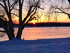 Sunset-Snow-Ice