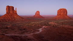 Fall of Day (dbushue) Tags: sunset arizona southwest nature landscape evening utah desert native dusk monumentvalley navajotribalpark coth supershot absolutelystunningscapes damniwishidtakenthat coth5 sunrays5 dailynaturetnc13