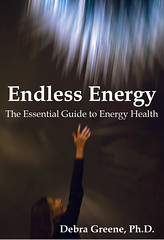 Endless Energy (mauitimeweekly) Tags: hawaii maui mindbodyspirit endlessenergy debragreene innerclarity