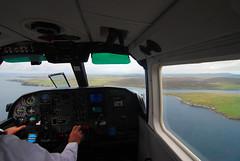 Lerwick - Foula, Business Class (Wrinzo) Tags: travel airplane island scotland fly aereo shetland lerwick foula volare scozia tingwall viaggiare brittennormanislander isoleshetland