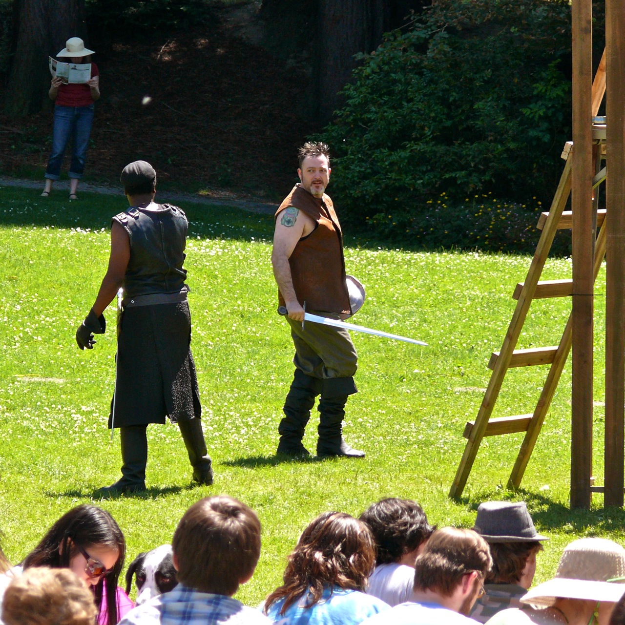 Chs Pics A Sunny Scottish Play With Shakespeare In Volunteer Park
