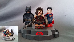 Custom/Updated Lego-BvS Trinity (I P R I M E I) Tags: woman wonder lego custom moc bvs dawnofjustice batmanvsuperman