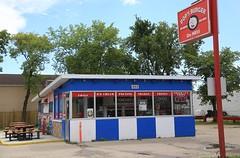 Pop's Burgers (The Mick Loyd Project) Tags: july232016mickwpg popsburgers burgers