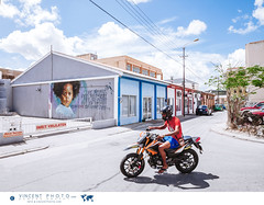 Art mural in Willemstad, Curacao. (Vincent Demers - vincentphoto.com) Tags: abcislands amriquedusud antilles antillesnerlandaises art artderue carabes caribbean caribbeanisland colorful color colourful curacao curaao destinationdevoyage destinationtouristique dutchcaribbean dutchcaribbeanisland historicpietermaaidistrict iledescarabes kingdomofthenetherlands mural murale netherlandsantilles photodevoyage photographiedevoyage pietermaai pietermaaidistrict pink quartier quartierpietermaai royaumedespaysbas southamerica streetart tourism tourisme travel traveldestination travellocation travelphoto travelphotography trip voyage willemstad cw