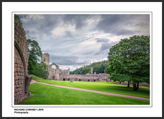 Fountains Abbey (Chalky666) Tags: church ruin yorkshire abbey painterly art landscape