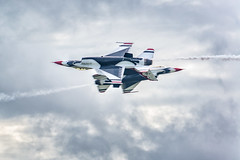 Close Pass (rob_606) Tags: 2016 fortwayneairshow september thunderbirds usairforce f16c fightingfalcon viper clouds sky flying airshow fortwayne indiana 122dfighterwing nikond600 70200mmf28 nikkor tc20eiii lightroom photoshop nikcollection military red white blue