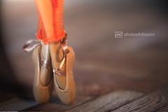 en pointe (photos4dreams) Tags: mistycopeland ballet star dancer primal ballett tnzerin barbie mattel doll toy diorama photos4dreams p4d photos4dreamz barbies girl play fashion fashionistas outfit kleider mode puppenstube tabletopphotography aa beauties beautiful girls women ladies damen weiblich female dancers tnzerinnen ballerina firstafricanamericanfemaleprincipaldancerwiththeprestigiousamericanballettheatre principaldancer primaballerina firebird feuervogel phoenix