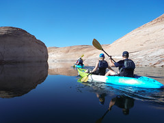 hidden-canyon-kayak-lake-powell-page-arizona-southwest-DSCF8026 (lakepowellhiddencanyonkayak) Tags: kayaking arizona kayakinglakepowell lakepowellkayak paddling hiddencanyonkayak hiddencanyon southwest slotcanyon kayak lakepowell glencanyon page utah glencanyonnationalrecreationarea watersport guidedtour kayakingtour seakayakingtour seakayakinglakepowell arizonahiking arizonakayaking utahhiking utahkayaking recreationarea nationalmonument coloradoriver labyrinthcanyon fullday fulldaykayaktour lunch padrebay motorboat supportboat awesome facecanyon amazing slot drinks snacks labyrinth joesams davepanu fulldaytrip