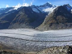 Aletschhorn ( VS - 4`193m -  Berg / Mountain ) und Grosser Aletschgletscher ( Gletscher / Glacier ) in der zur UNESCO-Weltnaturerbe erklärten Bergregion Jungfrau - Aletsch - Bietschhorn in den Alpen / Alps im Kanton Wallis / Valais in der Schweiz (chrchr_75) Tags: sicherungeltern albumsicherungfotoseltern schweiz suisse switzerland svizzera suissa swiss 2012 chrchr chrchr75 chrigu chriguhurni chriguhurnibluemailch oktober 1210 fotoseltern sicherungfotoseltern christoph hurni oktober2012 albumzzz201210oktober gletscher glacier ghiacciaio 氷河 gletsjer kantonwallis kantonvalais albumgletscherimkantonwallis alpen alps wallis valais grosser aletschgletscher