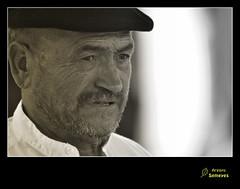 La mirada franca (Argayu) Tags: portrait blackandwhite blancoynegro nikon retrato asturias bn lugodellanera asturies mercau retratu mercauastur semeya blancuynegru nikond5000 lucusasturum blancuyprietu