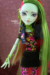 Venus McFlytrap (Amber-Honey) Tags: monster amber high mod doll venus ooak honey custom mattel repaint mcflytrap