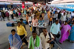 human traffic volume (drewtrans8877) Tags: above travel india man station train asian publictransportation indian crowd platform architectural busy trainstation depart transportation arrive ethnic mysore crowds groups southindia railwayterminal landtransportation karnatakastate indianethnicity
