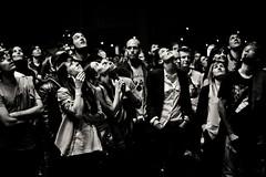 Audience. Alhóndiga (Igorza76) Tags: bw music white black blanco water rock concert audience live concierto negro calm bn bilbao musica shake zb plays mikel zuri euskalherria euskadi bilbo basquecountry ika andoni directo gernika insunza musika kontzertua gaizka ager beltz atrio alhondiga a blackwhitephotos alhóndiga zuzenean sagarna gerni mintegia hannot ashakeincalmwater amerikanuak lauzir