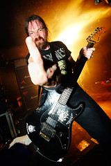 NASUM / Jon Lindqvist (Ronan THENADEY) Tags: paris rock metal canon concert live flash fender grind guitarist glazart speedlite 1635mm nasum 580exii ronanthenadey 5dmarkii jonlindqvist