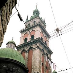 wired Lviv (_ustas) Tags: 6x6 mediumformat fuji lviv ukraine jena 120film wired fujifilm mf reala pentaconsix sonnar kiev60 carlzeiss 180mm czj carlzeissjena filmcolor korniakt sp1500