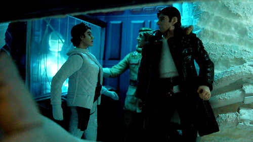 """Echo Base diorama - Han Solo and Princess Leia discuss in the command center • <a style=""""font-size:0.8em;"""" href=""""http://www.flickr.com/photos/86825788@N06/8361364383/"""" target=""""_blank"""">View on Flickr</a>"""