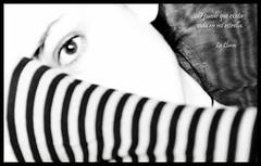 09.-...Puede que... (*Lluna*) Tags: moon blancoynegro mar yo  luna 09 autorretrato lluna clavealta 2013 lalluna 092013 enero2013 diariodelluna puedequeexistavidaenmiestrella conversacionesconlalluna