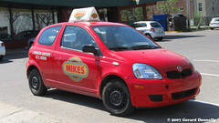 Mikes Restaurant (Gerard Donnelly) Tags: auto car restaurant mikes toyota delivery livraison