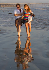 _MG_5631 (Mary Susan Smith) Tags: california sunset vacation two beach water reflections walking holidays candid casual pismobeach gamewinner thechallengefactory tcfwinner pregamewinner