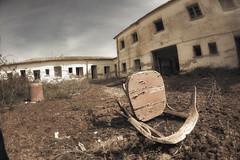 Abandono (Juanedc) Tags: espaa abandoned spain chair europa europe fisheye zaragoza silla aragon es saragossa abandonado ojodepez farasdues