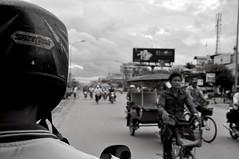 Contromano (Flick Fred) Tags: bw bike asia cambodia traffic siem reap moto tuktuk siemreap angkor indocina