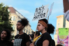 Black Lives Matter- Demo in Berlin, Juli 2016 (bsdphoto) Tags: demonstration protest demo berlin politik blacklivesmatter rassismus solidaritt schwarze blackcommunity peopleofcolor farbige zwischenkundgebung kundgebung oranienplatz oplatz deutschland deu