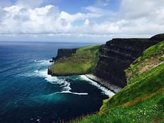 (Ruby L9) Tags: landscape cliff coast shore sea ridge rock ocean