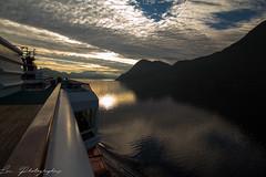 Images de Norvge... (lmietton) Tags: norvegecroisiereaout2016canoneos6dlauphotographies fjords bateau coucherdesoleil
