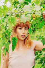 T and S (Vanessa Vokey) Tags: model beauty bff best friends models silk dress slip 90s chhoker trees red head bangs ombre green eyes contour makeup sunset sunshine yellow forest leaves leaf blonde glare flare lens paisley editorial photography portrait fashion bokeh blur