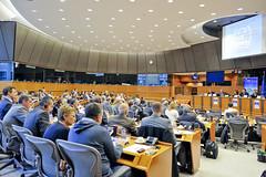 """Στιγμιότυπο από τη δημόσια συζήτηση με θέμα """"Η Απειλή της Πειρατείας: Σύγχρονες Προκλήσεις - Πιθανές Λύσεις"""" (Βρυξέλλες, 12/10/2011)"""