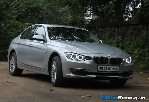 2012-BMW-320d-F30-80
