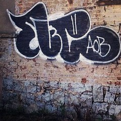 Nover AOB (noverNYC) Tags: old nyc black graffiti 98 fill throwie nover aob novernyc