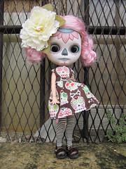 Cala (*KukiCat*) Tags: doll blythe clone calavera díadelosmuertos repaint skul customdoll blythecustom shepuppy kukicat