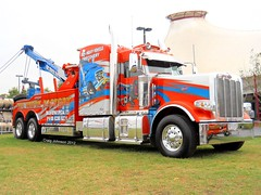 photo by secret squirrel (secret squirrel6) Tags: blue rescue orange display melbourne bumper chrome stunning huge grille bonnet towtruck recovery peterbilt wrecker airbrushed bigrigs aussietrucks squaretanks worldtruck secretsquirrel6truckphotos