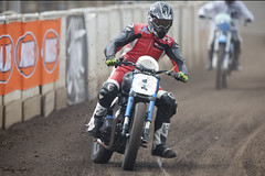 Dirt Quake V - FOGGY (FocusedWright) Tags: uk england bike 1 track foggy bikes motorbike dirt dust motorbikes oval dirttrack motorsport kingslynn 2016 motorcycleracing carlfogarty flattrack kingcarl sideburnmagazine adrianfluxarena dirtquakev