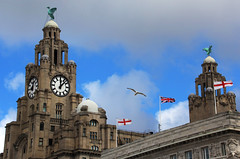 Royal Liver Building (David Chennell - DavidC.Photography) Tags: liverpool merseyside liverbird liverbuilding clocktower clock pierhead