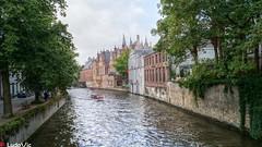 Bruges, la Belle 19 (Ld\/) Tags: bruges brujas brugge belgique canaux historic city citytrip belgium belgie flandre rgion flamande flanders club old venise venizia north nord pays