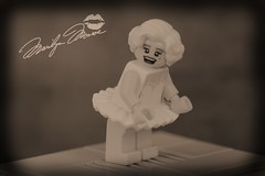 That silly little dress-Marilyn Monroe (Lesgo LEGO Foto!) Tags: lego minifig minifigs minifigure minifigures collectible collectable legophotography omg toy toys legography fun love cute coolminifig collectibleminifigures collectableminifigure marilynmonroe marilyn monroe sevenyearitch seven year itch movie tribute