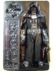 Snap Quick Unboxing  Hot Toys  MMS279  Star Wars  A New Hope  Darth Vader  Contents 2 (My Toy Museum) Tags: snap quick unboxing hot toys star wars darth vader action figure
