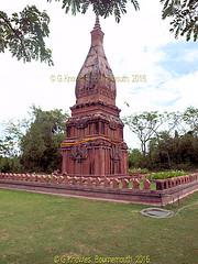 Phra That Panom in 2009, Ancient City, Muang Boran, Samut Prakan, Thailand. (samurai2565) Tags: samutprakan samutprakanprovince thailand ancientsiam ancientcity muangboran sukhumvitroad bangkok lekviriyaphant bangpu