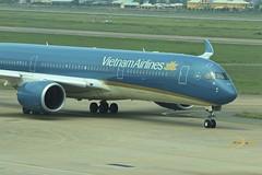 Vietnam Airlines | Airbus A350-900 | VN-A886 (*Charlie Alfa*) Tags: sgn aviation airplane maybay    avin flugzeug avio    letoun     aereo eruplano avion  lentokone  vliegtuig samolot zrakoplov letalo replgp flygplan fly uak aircraft airliner a350 airbus airbusa350 vna886